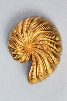 Vintage Gold Tone Nautilus Shell Brooch Pin