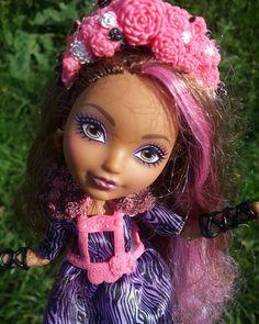 Кедра на пикнике #эверафтерхай #эвер #афтер #хай #кедравуд #кедра #вуд #маттел #кукла #everafterhigh #ever #after #high #cedarwood #cedar #wood #mattel #doll by skemita_and_her_friends