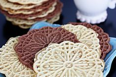 This classic pizzelle recipe produces light & crispy Italian waffle cookies using a pizzelle iron! Tips for how to make pizzelle cookies + variations. Pizzelle Cookies, Waffle Cookies, Pizzelle Maker, Cookie Recipes, Dessert Recipes, Dessert Ideas, Biscuits, Xmas Cookies, Italian Cookies