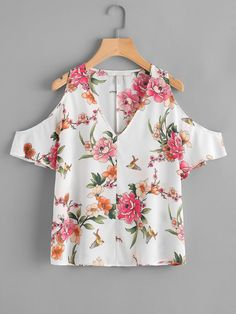 Shop V-neckline Open Shoulder Allover Florals Chiffon Top online. SheIn offers V-neckline Open Shoulder Allover Florals Chiffon Top & more to fit your fashionable needs. Myanmar Traditional Dress, Traditional Dresses, Tops Bonitos, Tunic Blouse, Cute Tops, Chiffon Tops, Spring Outfits, Floral Tops, Female Tops