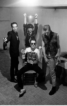 the clash – johnny pissed in a pint — cuepoint — medium 🍻 Rock And Roll, The Clash, Good Music, My Music, Beatles, Mick Jones, British Punk, Joe Strummer, Into The Fire