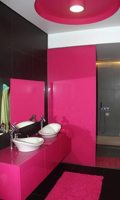 Black And Pink Bathroom With Design Equipments