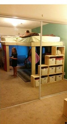 Awesome Cool Loft Bed Design Ideas and Inspirations 61 is part of Diy loft bed This is Awesome Cool Loft Bed Design Ideas and Inspirations 61 image, you can read and see another amazing image ideas - Cool Loft Beds, Loft Bunk Beds, Bunk Beds With Stairs, Kids Bunk Beds, Loft Bed Stairs, Diy Bed Loft, Queen Loft Beds, Adult Loft Bed, Bunk Rooms