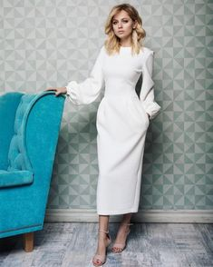 Damen outfits Festliche und elegante outfits für jeden Anlass Take a look at the best modest winter dresses in the photos below and get ideas for your outfits! Dresses Elegant, Most Beautiful Dresses, Trendy Dresses, Modest Dresses, Casual Dresses, Fashion Dresses, Summer Dresses, Formal Dresses, Formal Prom