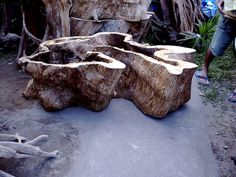 Tree trunk coffee table by artefactdave, via Flickr