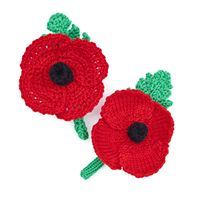 How to make a knitted or crochet poppy and wreath