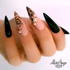 20 Stiletto Nail Art Design Ideas For Prom In 2020 Spring and Summer - We collected 30 stiletto nail art designs for you when you attend a party. The nails included unique - Halloween Acrylic Nails, Best Acrylic Nails, Cute Nails, Pretty Nails, My Nails, Prom Nails, Homecoming Nails, Nails Inc, Fancy Nails