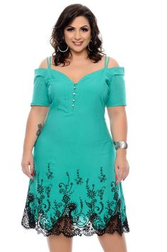 Vestido Plus Size Eslleya Plus Size Short Dresses, Plus Size Maxi Dresses, Plus Size Outfits, Casual Dresses, Fashion Dresses, Curvy Fashion, Plus Size Fashion, Womens Fashion, Plus Size Tops