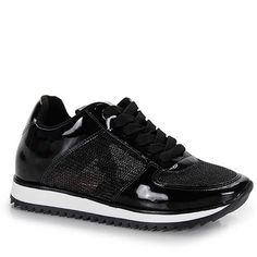 Tênis Jogging Feminino Vizzano - Preto Ulzzang, Me Too Shoes, High Tops, High Top Sneakers, Clothes, Jeans, Fashion, Women's Tennis Wear, Black Sneakers Outfit