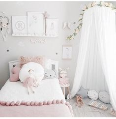 Yay for Saturday! Isnt this gorgeous room by Kristen.rhy the perfect way to Big Girl Rooms gorgeous Isnt Kristenandrhy perfect room saturday Yay Little Girl Bedrooms, Girls Bedroom, Baby Bedroom, 6 Year Old Girl Bedroom, Girl Rooms, Girl Nursery, Baby Room Decor, Bedroom Decor, Bedroom Ideas