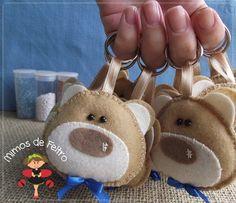 Mimos de Feltro by Angela Mary Fiesta Mickey Mouse, Baby Boy Shower, Baby Showers, Felt Toys, Felt Crafts, The Little Mermaid, Baby Gifts, Teddy Bear, Handmade Gifts