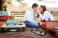 MICHELLE JORDAN Photography » Vintage Engagement Portraits