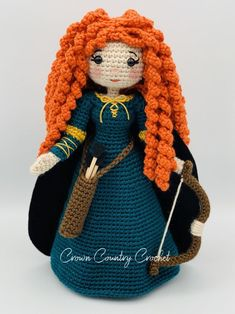 You are in the right place about Amigurumi Doll tips Here we offer you the most beautiful pictures a Crochet Doll Pattern, Crochet Patterns Amigurumi, Amigurumi Doll, Crochet Dolls, Frozen Crochet, Crochet Disney, Basic Crochet Stitches, Crochet Basics, Little Mermaid Crochet