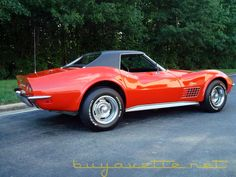 1970 Corvette Convertible with removable hardtop covered in vinyl.