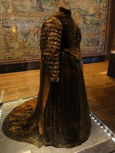 Dress of Pfalzgrafin Dorothea Sabina, 1598