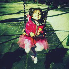 #AlessiaFabiani Alessia Fabiani: #keira #ladolcezza #amoremio #parco #sunnyday #yellow #flower
