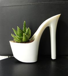 This planter is for a shoe lovers !!!