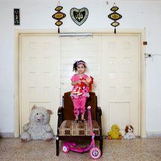Libanon Beirut Toy stories by Gabriele Galimberti