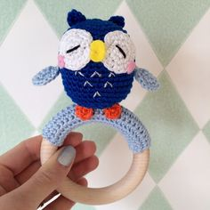 De Ligny Creations: Rattle Owl with link to free pattern