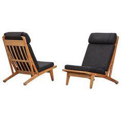 Hans Wegner Lounge Chairs (10)