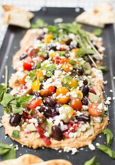Greek Seven-Layer Dip: Loads of Mediterranean flavors: hummus olives peppers feta cucumbers tomatoes mint. The perfect layered dip for pitas. Clean Eating Snacks, Healthy Snacks, Healthy Eating, Healthy Appetizers, Vegetarian Recipes, Cooking Recipes, Healthy Recipes, Amish Recipes, Kiwi