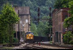 RailPictures.Net Photo: CSXT 3052 CSX Transportation (CSXT) GE ES44AC at Thurmond, West Virginia by Jordan Hood