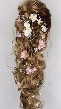 Curly Wedding Hair, Long Hair Wedding Styles, Wedding Hairstyles For Long Hair, Wedding Hair And Makeup, Up Hairstyles, Long Hair Styles, Flower Hairstyles, Bridal Hairstyles, Short Hair