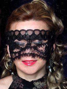 Maska gipiurowa Na sprzedaż: https://www.sagatia.pl/p4851,maska-koronkowa-002.html