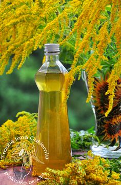 Solidago flower syrup, syrop z kwiatów nawłoci, Edible Flowers, Fruit Recipes, Geraniums, Good To Know, Water Bottle, Herbs, Homemade, Canning, Drinks