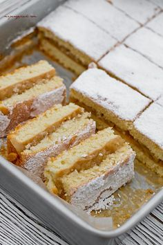 Apple Cake - Light and Fluffy Baking Tips, Baking Recipes, Perfect Cookie, Apple Cake, Yummy Cakes, Biscuits, Sweet Tooth, Food And Drink, Yummy Food