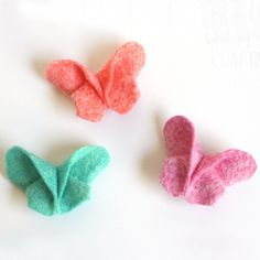 Fold felt like origami to make these adorable felt butterfly hair clips! These are so fun and easy to make. Perfect for spring!