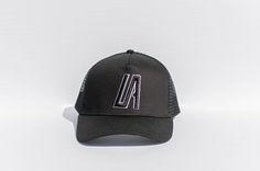 Iconic Cap - Black/Black/White - OS