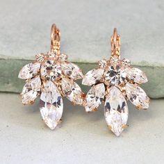 Bridal Earrings,Bridal drop earrings,Crystal drop earrings,Swarovski crystal drop earrings,Rose g. Rose Gold Drop Earrings, Gold Bridal Earrings, Swarovski Crystal Earrings, Bridal Jewelry, Dangle Earrings, Diamond Earrings, Rose Gold Wedding Jewelry, Helix Earrings, Stud Earrings