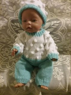 Items similar to Knitted dolls clothes on Etsy Knitting Wool, Double Knitting, Hand Knitting, Green Jumpers, Baby Born, Knitted Dolls, Kids And Parenting, Girl Dolls, American Girl