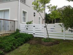 Excellent Screen Backyard Fence semi private Thoughts If you wish much more privateness to your entrance or perhaps yard, fence is the well known items answer. Glass Fence, Concrete Fence, Bamboo Fence, Cedar Fence, Front Yard Fence, Farm Fence, Fenced In Yard, Front Porch, Fence Landscaping