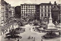 Piazza Dante, Napoli