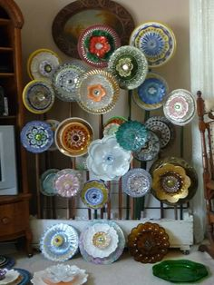 Plate Flower Beds. #256  Drought Resistant.    Garden Yard Art glass and ceramic plate flower