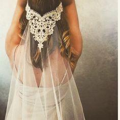 ドレスに合わせる小物作り ♔ 個性を出せる小物はたくさんのデザインをご用意しています ♔ すべてMakingbright オリジナルです ♔ ♔ #makingbright#makingbrightwedding#オーダーメイド#オーダーメイドウエディング#オーダーメイドウエディングドレス#ウエディングドレス#ボヘミアンウエディング#ボーホーウエディング#ウエディングプランナー#花嫁#プレ花嫁#花嫁さん#婚約#婚約中#結婚式#結婚パーティ#ブライダル#結婚準備#ig_wedding#weddingdress#日本中の花嫁さんと繋がりたい#日本中のプレ花嫁さんと繋がりたい#ベール#小物