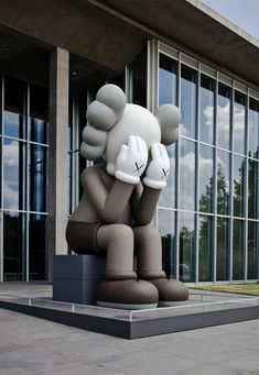 KAWS COMPANION - The iconic nature of its comical design, seem somewhat familiar, yet foreign, drawing cues from Disney and Japanese Anime, it is, literally a Frankenstein of pop cultures. Furthermore the Kaws Signature XX is seen throughout all his work.
