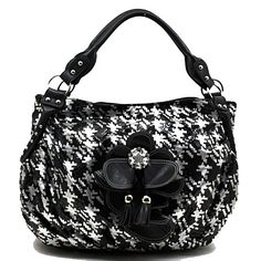 a56eec0794 Black and White Hobo Handbag made from high quality synthetic leather. This  stylish Hobo style
