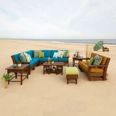 Finch Amish Poly Van Buren Deep Seating Sectional Group - the comfort of your living room in any outdoor space.
