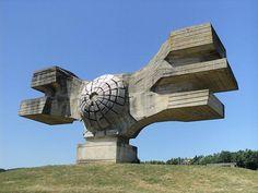 I monumenti più brutti del mondo
