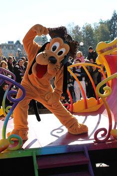 Worldwide Wednesdays: Great Halloween costumes at Disneyland Paris including Huey Dewey and Louie | KennythePirate's Unofficial Disney World Guide
