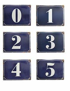 Praktische Emaille Zahlen für Haus und Hof...aber auch prima zum Geburtstag als Deko Objekt.