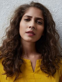 52 curly hairstyles for women 2019 this is the way to make your hair look attractive 5 Nose Ring Jewelry, Septum Nose Rings, Nose Piercing Jewelry, Nose Ring Stud, Silver Nose Ring, Jewellery, Indian Makeup, Indian Beauty Saree, Celebrities With Nose Piercings