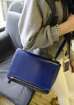 Golden Zip Bag – Blue