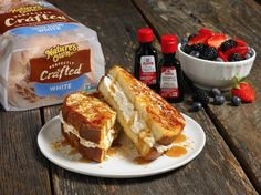 Celebrate summer with this Coconut Stuffed French Toast made with Nature's Own Perfectly Crafted and McCormick Coconut Extract! What's For Breakfast, Breakfast Recipes, Dessert Recipes, Desserts, Coconut French Toast, Yummy Treats, Yummy Food, Clean Eating Snacks, Love Food