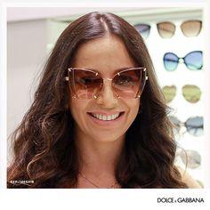62e52cb76 Os óculos de sol transparentes seja na armação nas lentes ou em ambas são a  cara