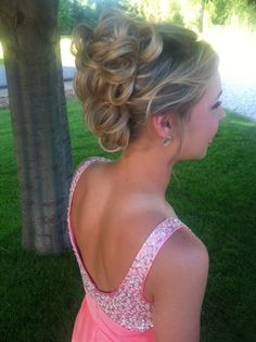 I know she is young, but this is super classy and beautiful for a bridesmaid do for my upcoming weddings~love!