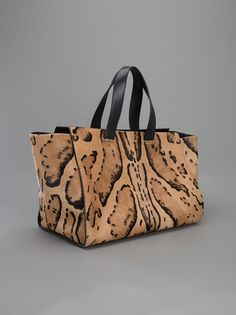 Designer Tote Bags - Designer Bags for Women Large Bags, Beautiful Bags, Fall 2016, Giorgio Armani, Branding Design, Reusable Tote Bags, Shapes, Shopping, Women